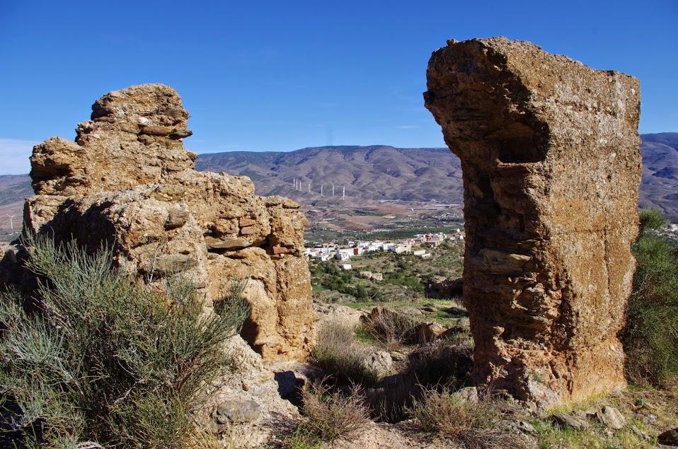 Vista general de Abrucena desde el Castillejo