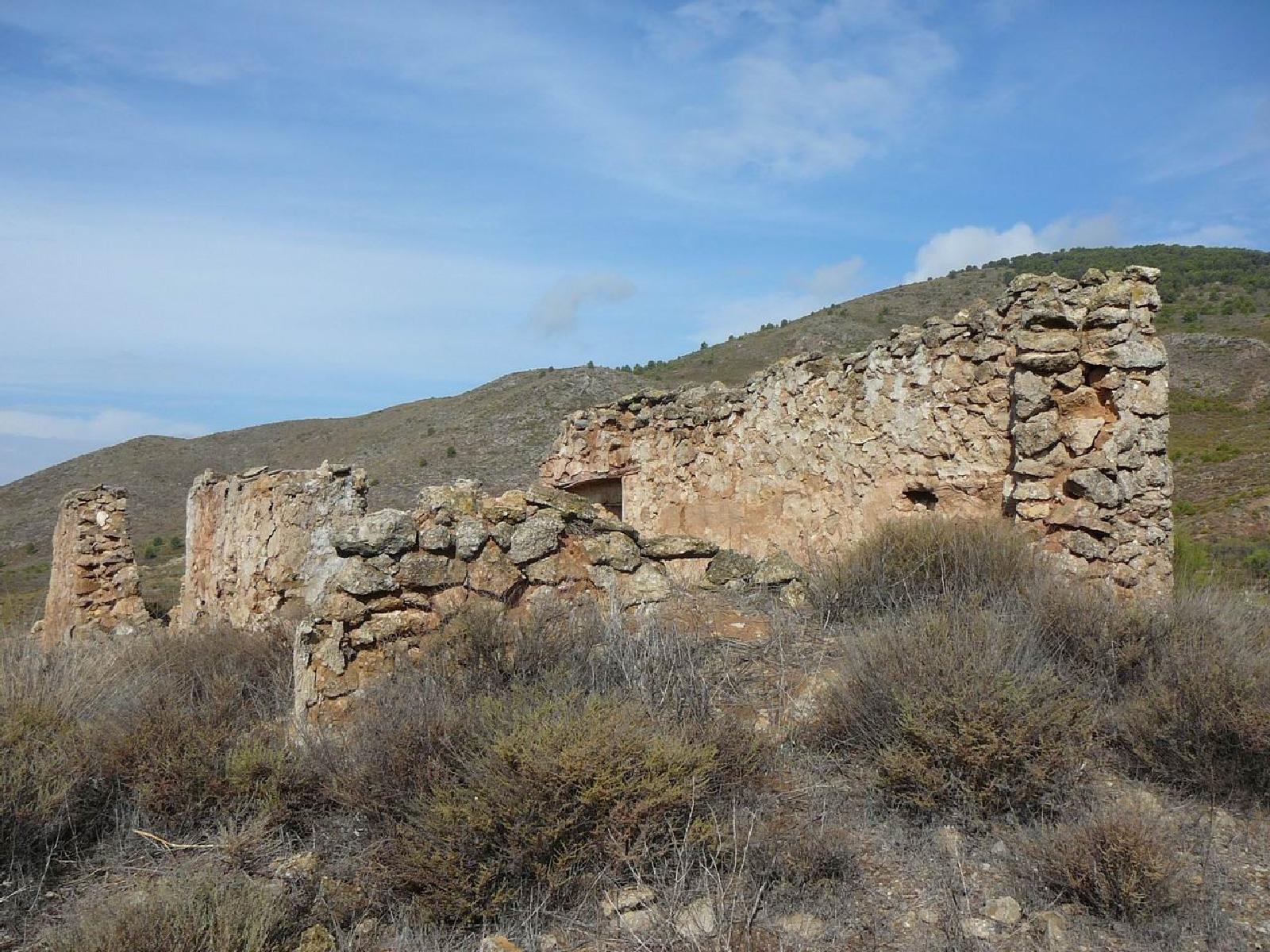 Ruinas del antiguo cortijo de las Paces. © Fotografía: Alfonso Ruiz