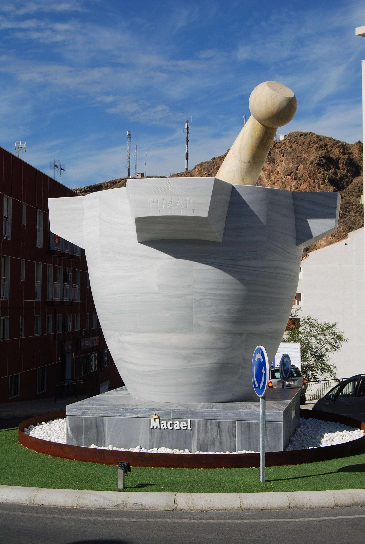 El Mortero en mármol más grande del mundo. © Fotografía: Alfonso Ruiz