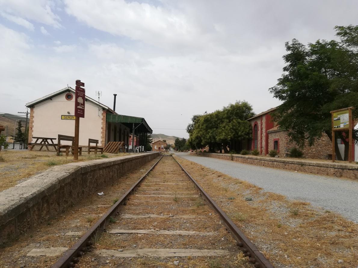 Antigua estación del ferrocarril en Serón