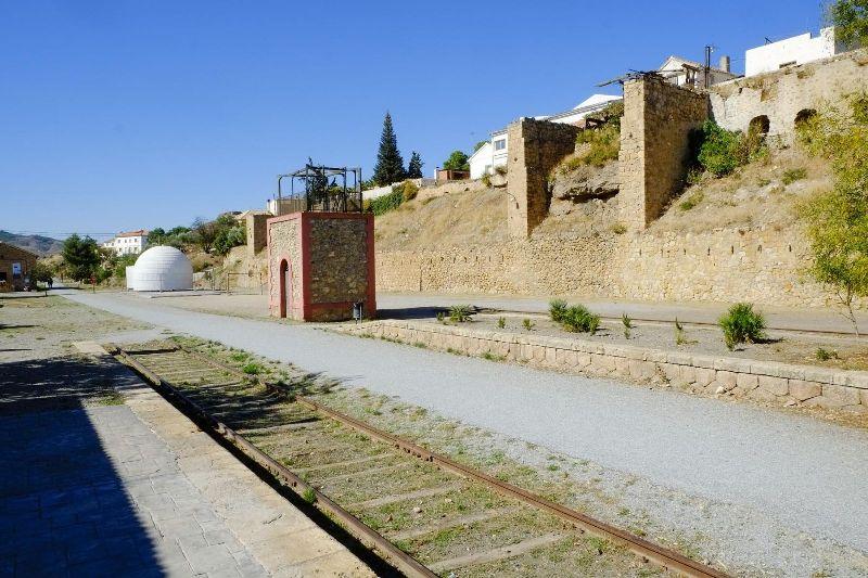 Antiguo cargadero de hierro de la estación de Serón© Fotografía: Paco Bonilla