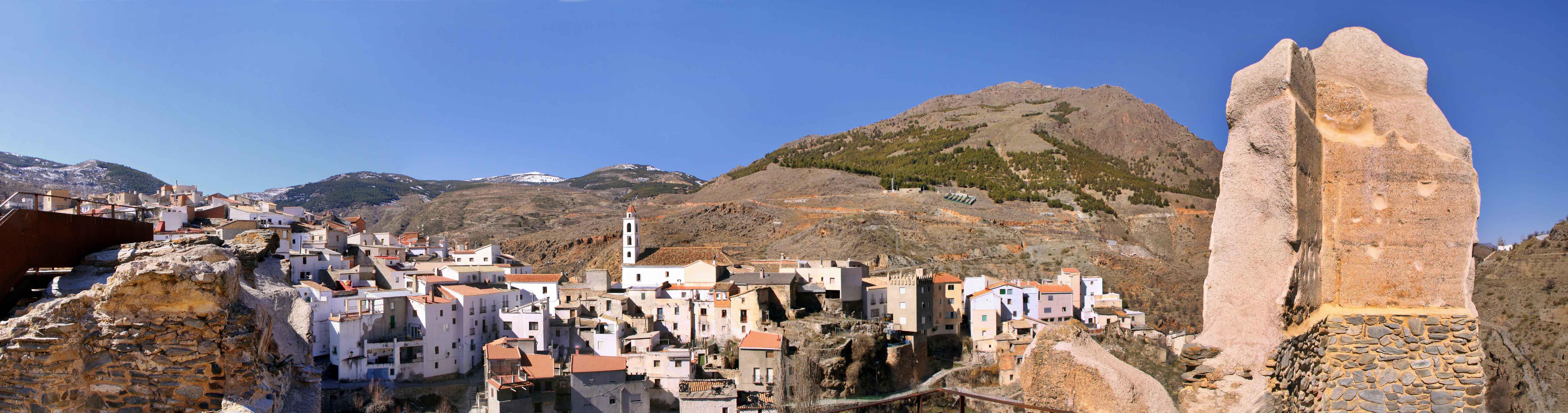 Vista general de Bacares desde el castillo. © Fotografía: Pako Manzano