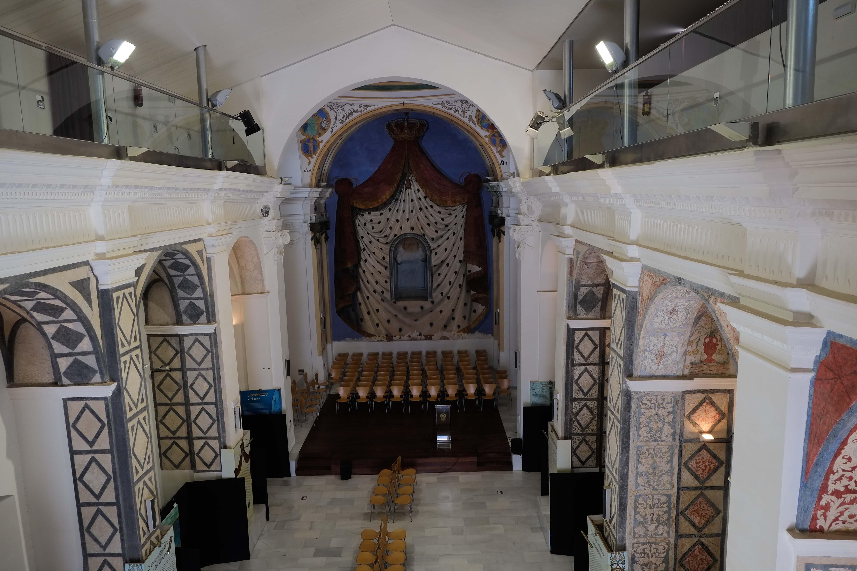 Vista del interior de la antigua iglesia, reconvertida en espacio cultural © Fotografía: Paco Bonilla
