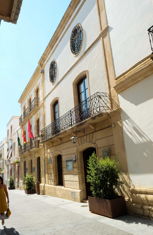 Fachada del Museo Histórico Municipal, junto al Ayuntamiento © Fotografía: Paco Bonilla