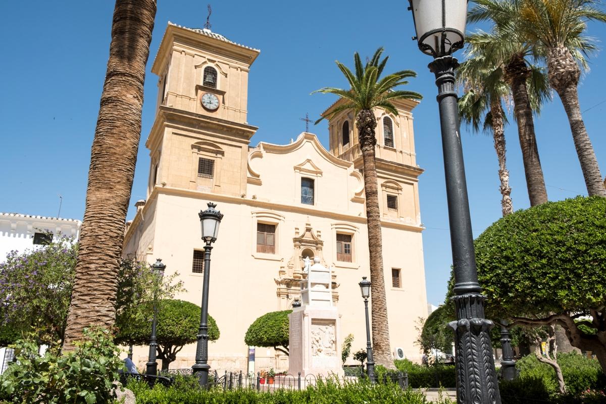 Iglesia de Ntra Sra de la Asunción en Huércal-Overa© Fotografía Paco Bonilla