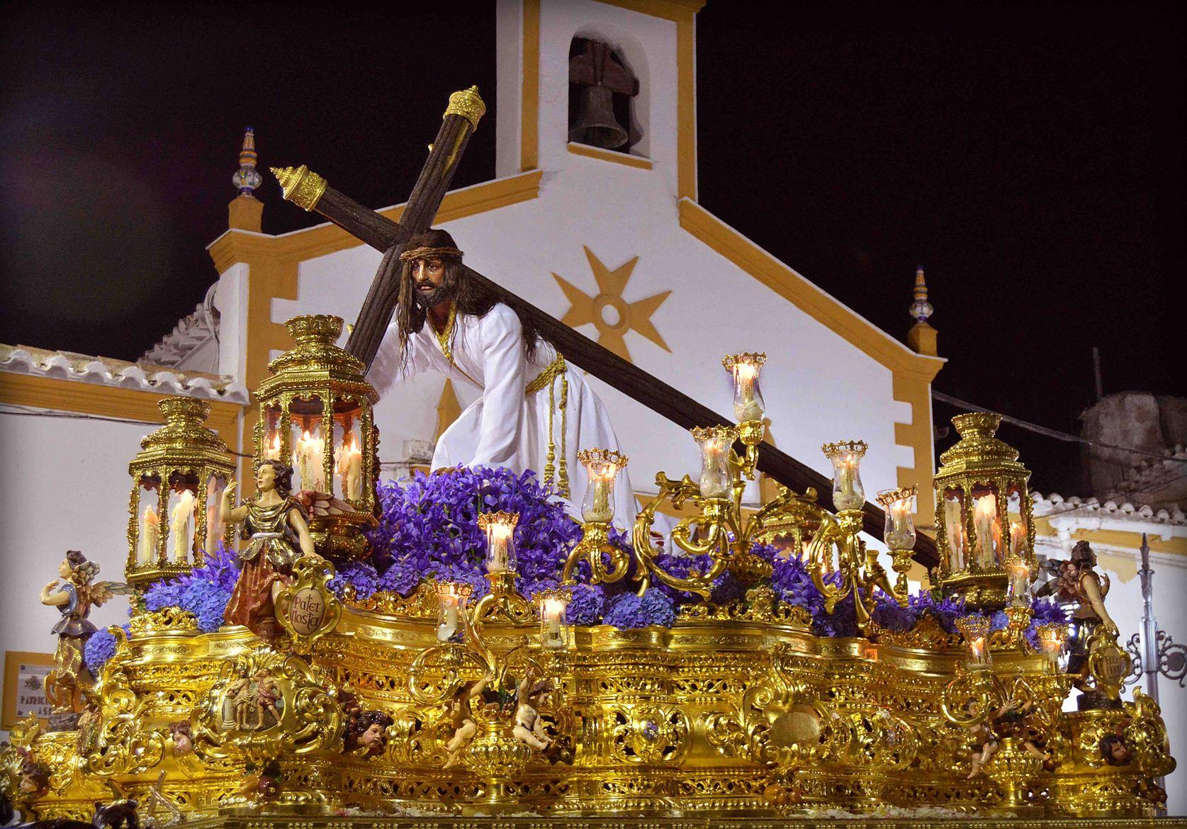 . Paso Blanco. Ntro Padre Jesús Cautivo en su tercera caída © Fotografía: Fondo documental de Hermandades y ayuntamiento de Huércal Overa