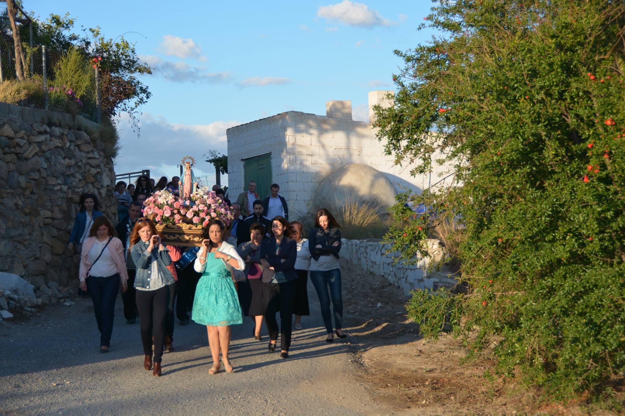 Procesión en las Fiestas del Cerro Gordo
