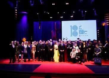 La Gala de Clausura de FICAL se convierte en un plano secuencia de la emoción y glamour del cine en Almería